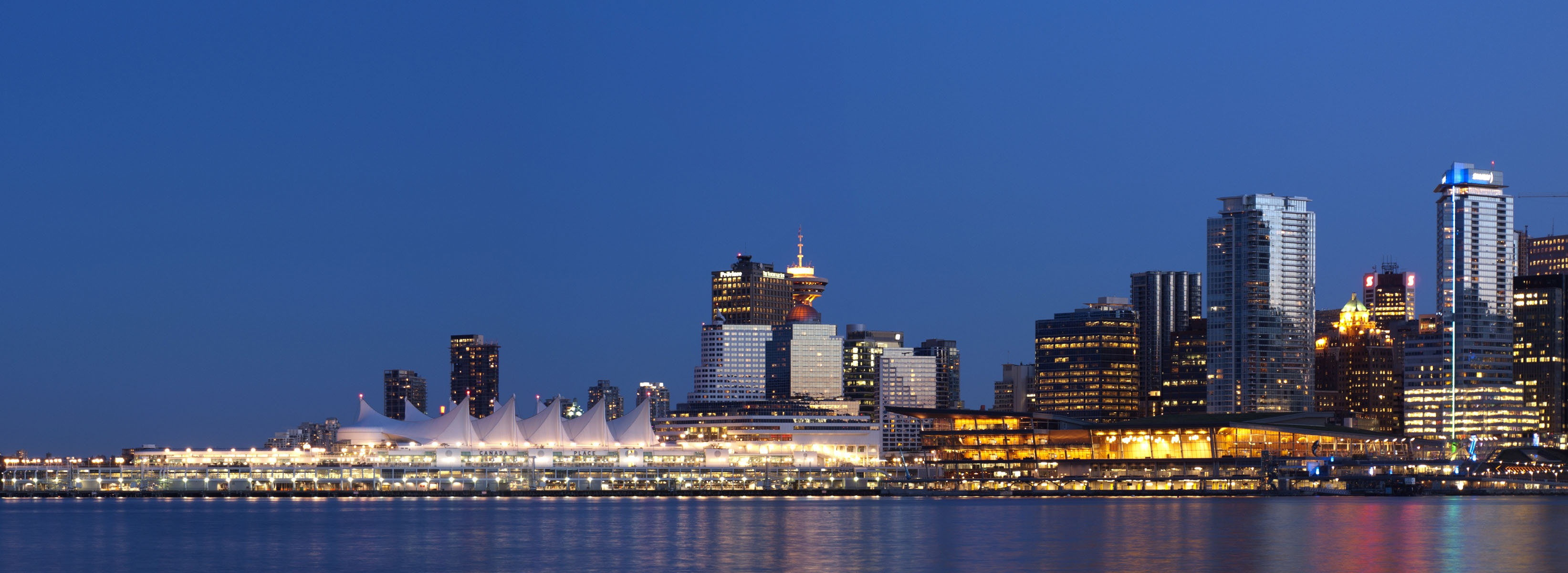 CANADA - BC - Vancouver Skyline