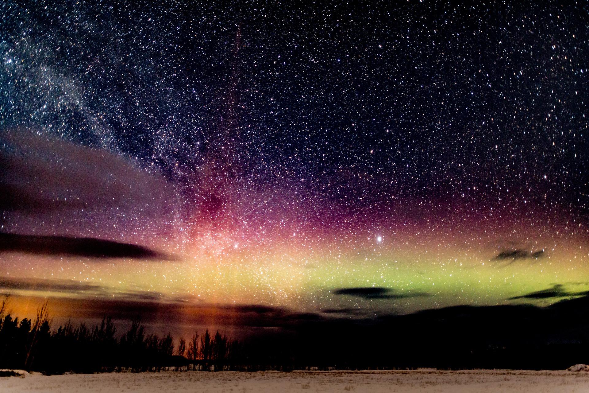 aurora-2491595_1920