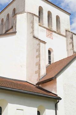 Bonmont abbey