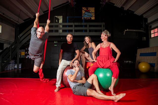 Pythoud Family, fondeurs of the circus school L'Elastique citrique