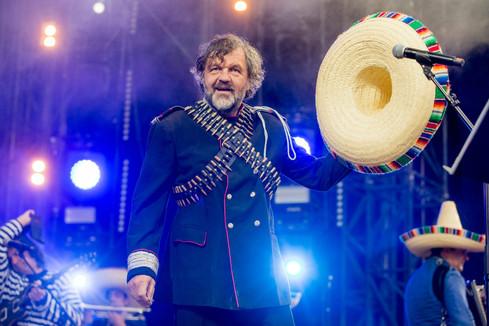 Emir Kusturica & The No Smoking Orchestra