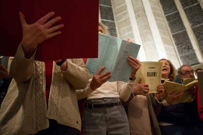 Rehearsal of the Ensemble vocal de Terre Sainte in Coppet church