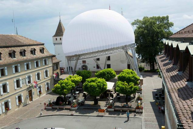 Luna Classics structure at Château square in Nyon