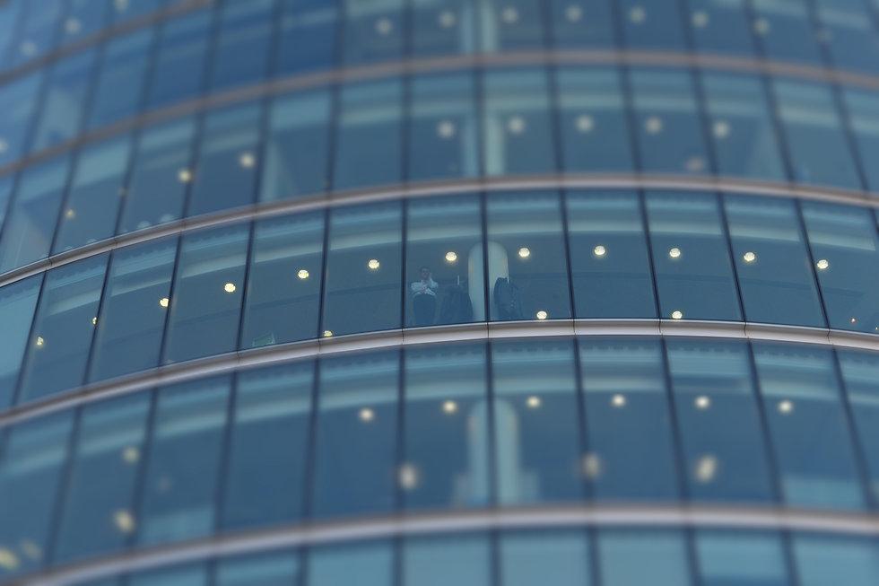 architecture-window-glass-building-skysc