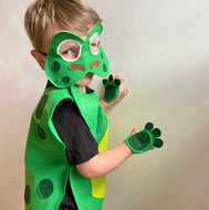 47 Frog Costume Model  5.JPG