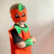 39 Pumpkin Costume Model 3.jpeg