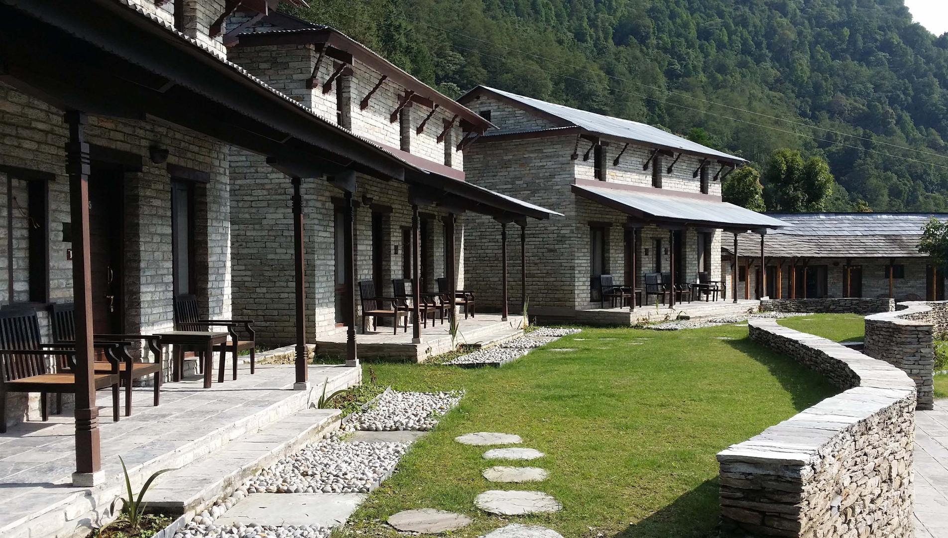 Experiential tour trekking lodge
