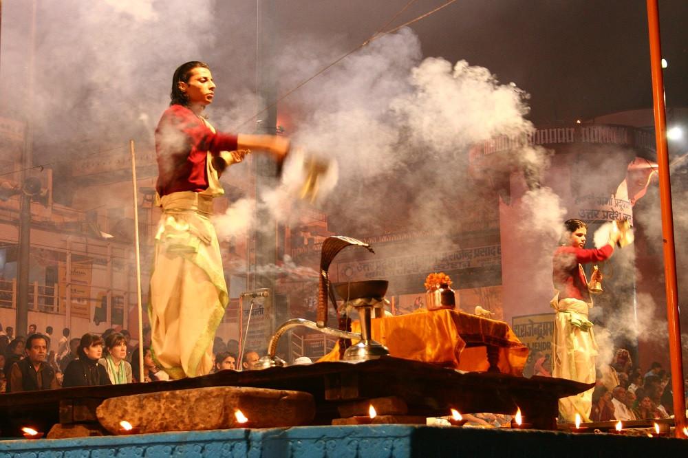 Kashi - Priests.