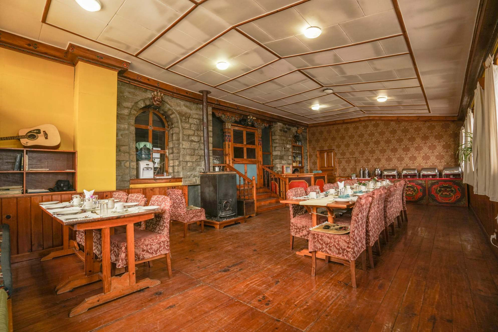 Everest Summit Lodge - Tashinga Dining.jOne of our experiential lodges along the everest trail