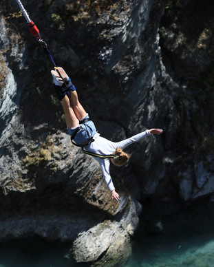 Experiential tours Bungee Jumping.jpg