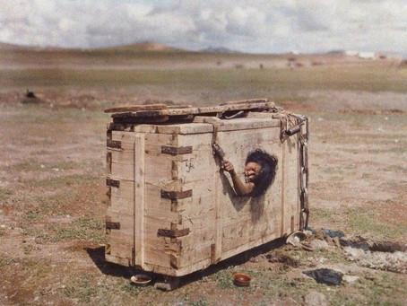 El escafismo: la tortura más cruel y terrible de la historia