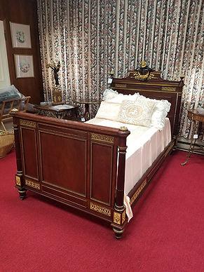 Antique Bed.jpg