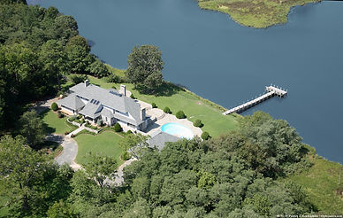 Aerial of High Knoll House.jpg
