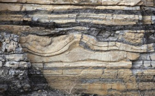 CO2 PRE-PADS – THE OPTIMUM WAY TO FRACTURE STIMULATE SHALE RESERVOIRS