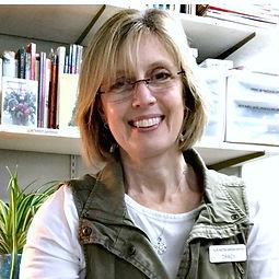 TracyHankwitz122020 bio pixresized.jpg