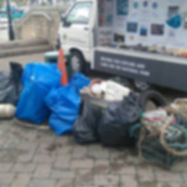 Lymington Town Quay Litter Pick