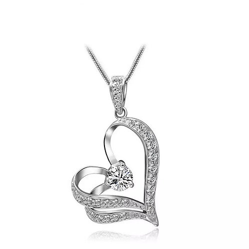 Silver pendant heart necklace