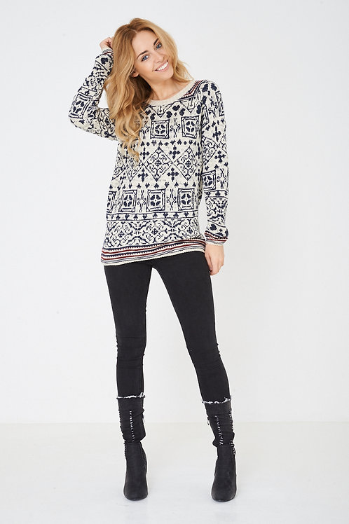 Crew neck long sleeve knitted jumper