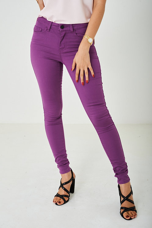 Super Skinny Jeans in Purple