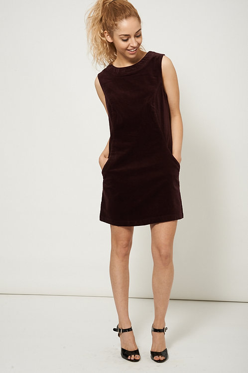 High Scoop Neckline Pocket Dress