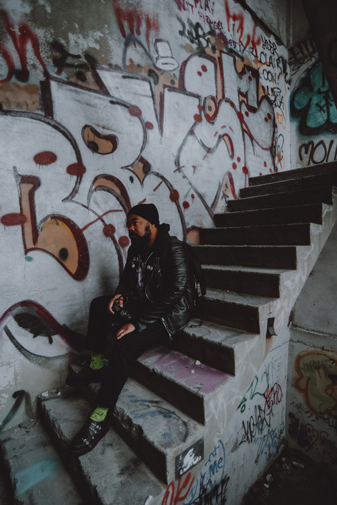JBartholomew_SeanExploring-5.jpg