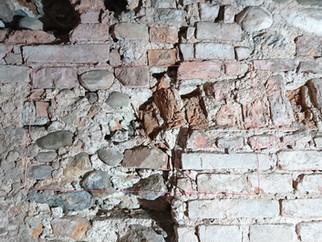 Festigung und Konservierung von Ziegel-und Bruchsteinmauerwerk