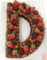 Bolo brownie de Letra ♥️_._._Valores e e