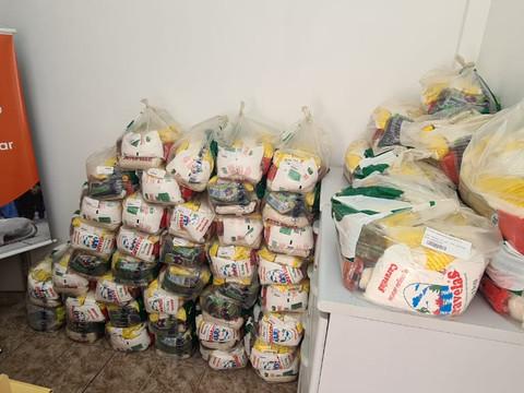 ONG Salvadores recebe 50 cestas básicas para ajudar famílias carentes de Taquari/RS