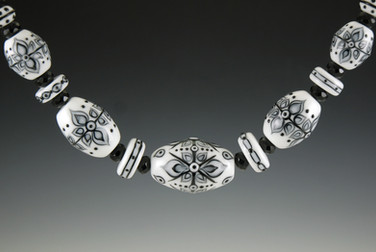 Black & White Graphic Necklace