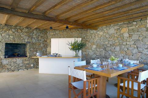 Villa Galaxy Mykonos dining area.jpg
