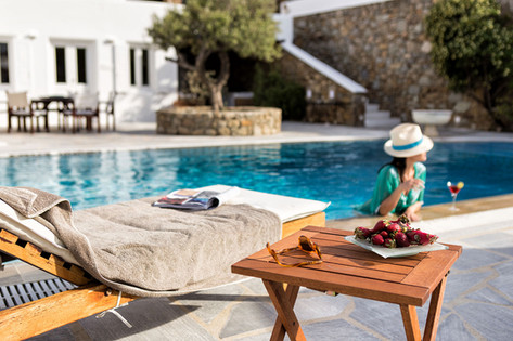 Enjoy your fruits by the pool