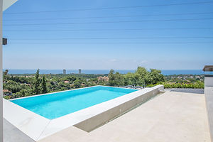 villa to rent with sea view and infinity pool Marbella Puerto Banus