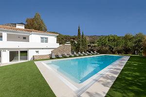 best villa to rent in the golden mile Marbella