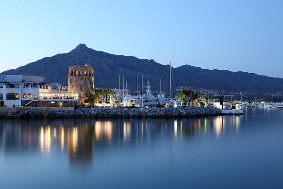 The marina of puerto banus Marbella where you can enjoy a vibrant night life thanks to Hedo villas