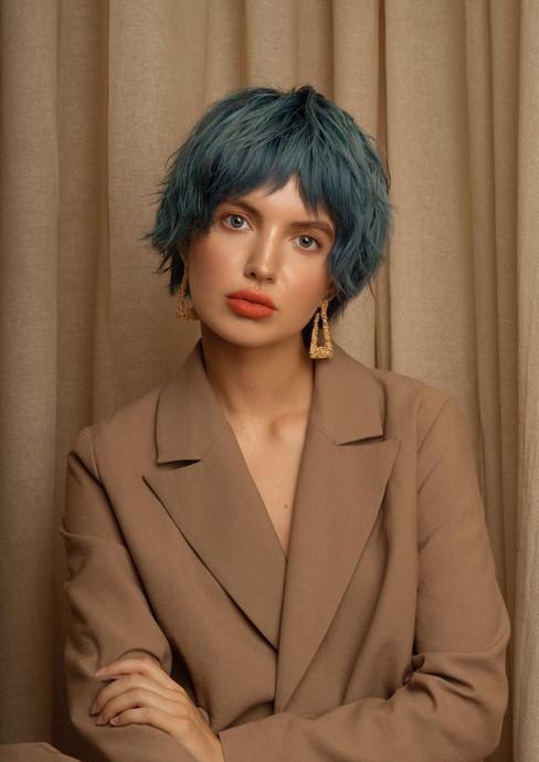 Model: Courtney