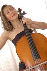 Laure violoncelliste pour concert et événement sur la Côte d'Azur