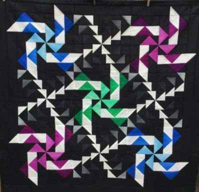 Whirlwind Quilt by Claudia Crump