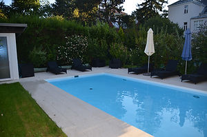 Gartenplanung Pool Schwimmingpool Terrasse Liegefläche Poolhaus Außenanlage Aussenanlage