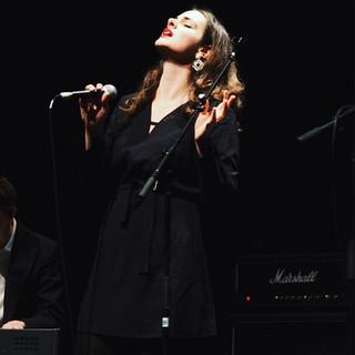 Kaili Singing.jpg