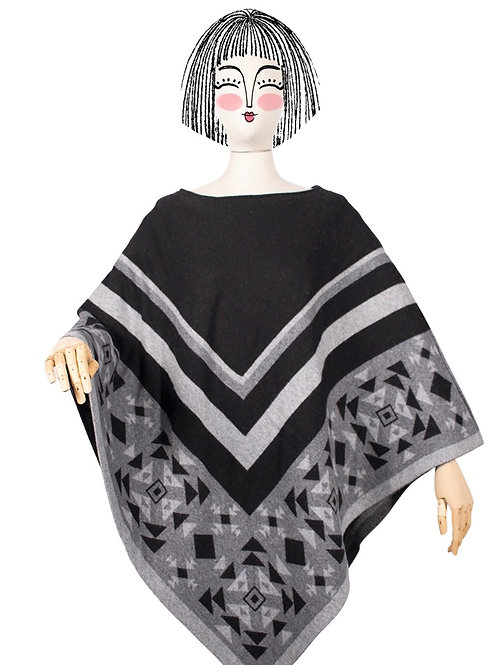 Totem Poncho Back in Black| Nalin