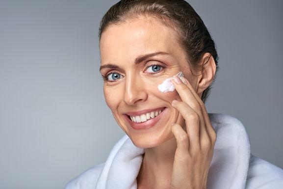 Curare la pelle è importante: scopriamo i prodotti Centisia