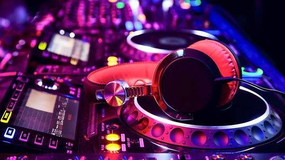 DJ 01.jpeg
