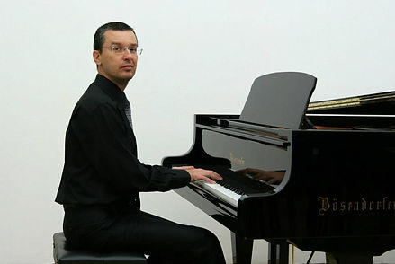 Tommy (Tomizlav Vichev)