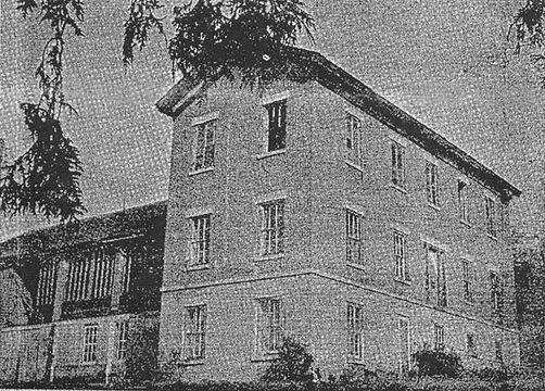 Late1950sHerrimanMansion-HometownWadena.