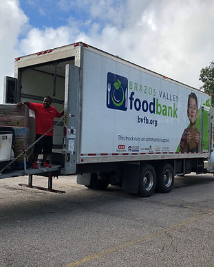 Mobile Food Pantry 10-5-18-4.jpg