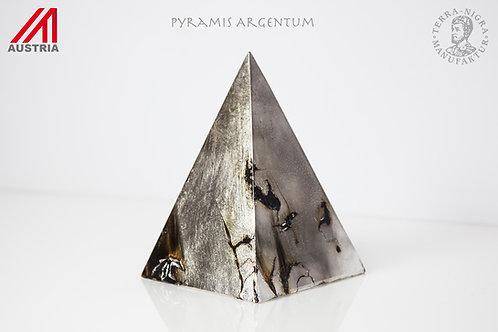 Pyramis Argentum