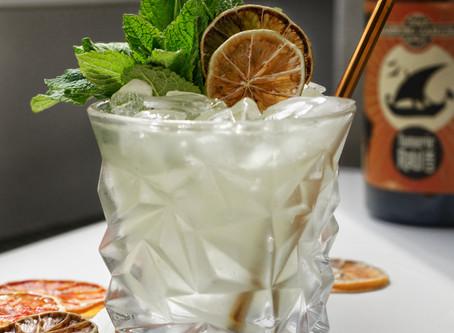 Gin Tonic Tumeric Raw Gin: