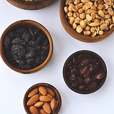 nuts, seeds, dried fruit and snacks