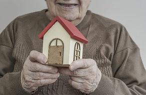 Visuel_Senior_Habitat_shutterstock_56073