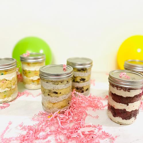 Assorted Mason Jar Cakes 6ct